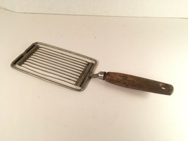 vintage Ekco Tomato Slicer With Wooden Handle Another Ekco Product Made ... - $8.00