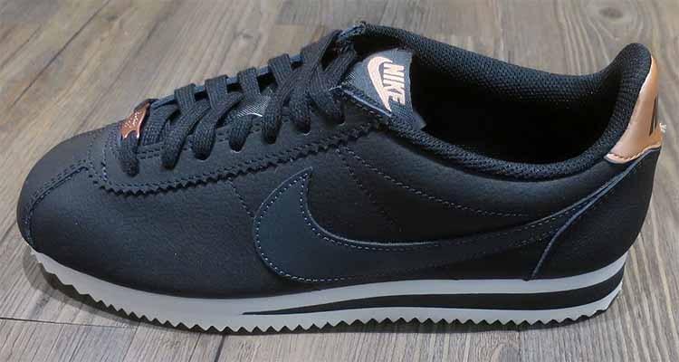 f56762b2 Nike Wmns Classic Cortez Leather Black AV4618-001 Womens Sneakers Trainers