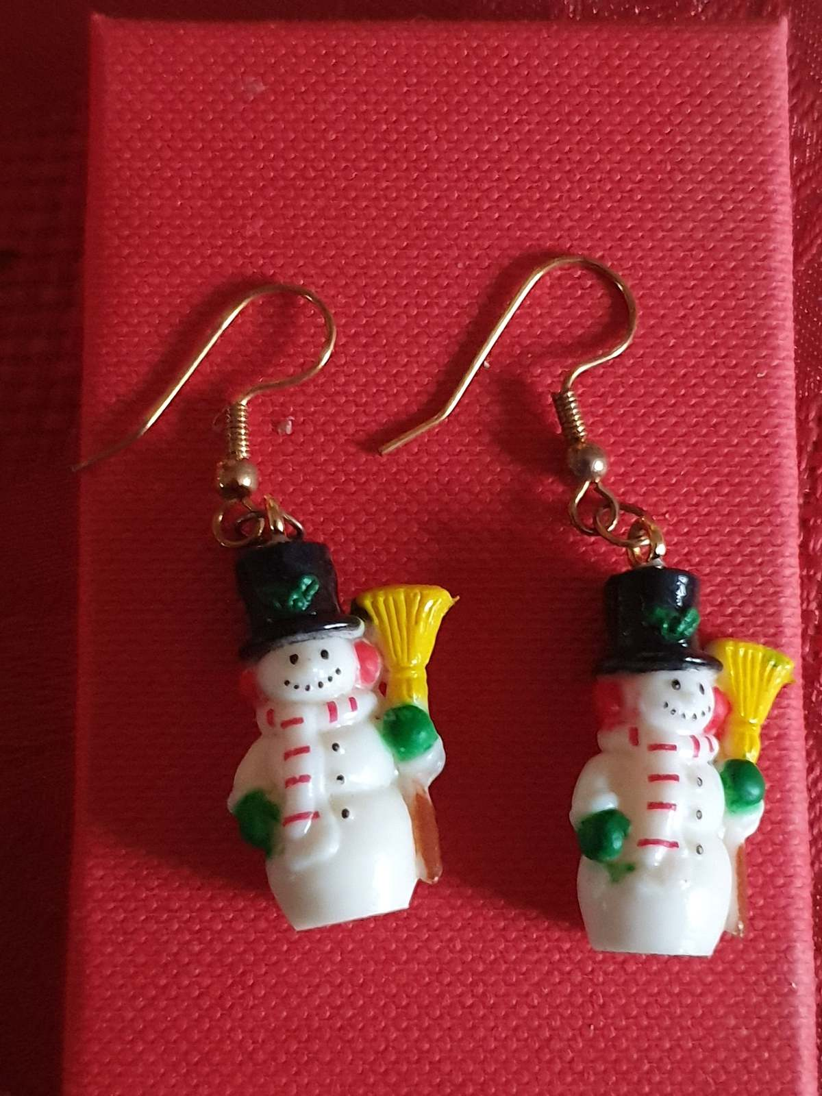 xmas sale xmas snowman with broom earrings, ideal gift novelty earrings