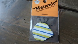 3 NEW Vintage Dart Flights YELLOW BUE WHITE METRONIC - $2.96