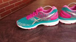 Womens Asics Gel Nimbus 18 Running Shoes SZ 7 Used Sneakers Trainers image 6