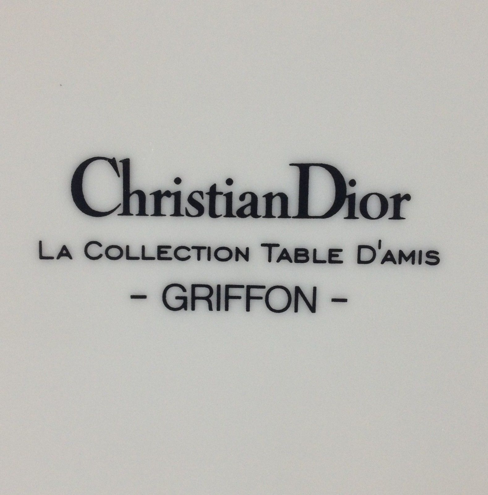 Dior china GRIFFON dinner plate ( 4 available ) ( SKU 86/2015/01 ) image 3
