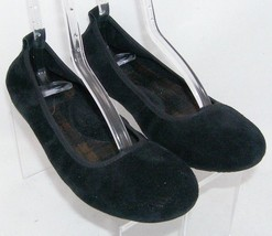 Born 'Tami' black suede round toe scrunch slip on ballet flats womens 9M... - $35.21
