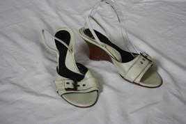 Kenneth Cole New York 9 Wood Wedge Ivory Leather Slingback Sandal Heels - $14.96