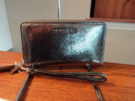 Michael Kors Large Multifunction Phone Case Leather Zip Wallet Pewter NWT - £60.46 GBP
