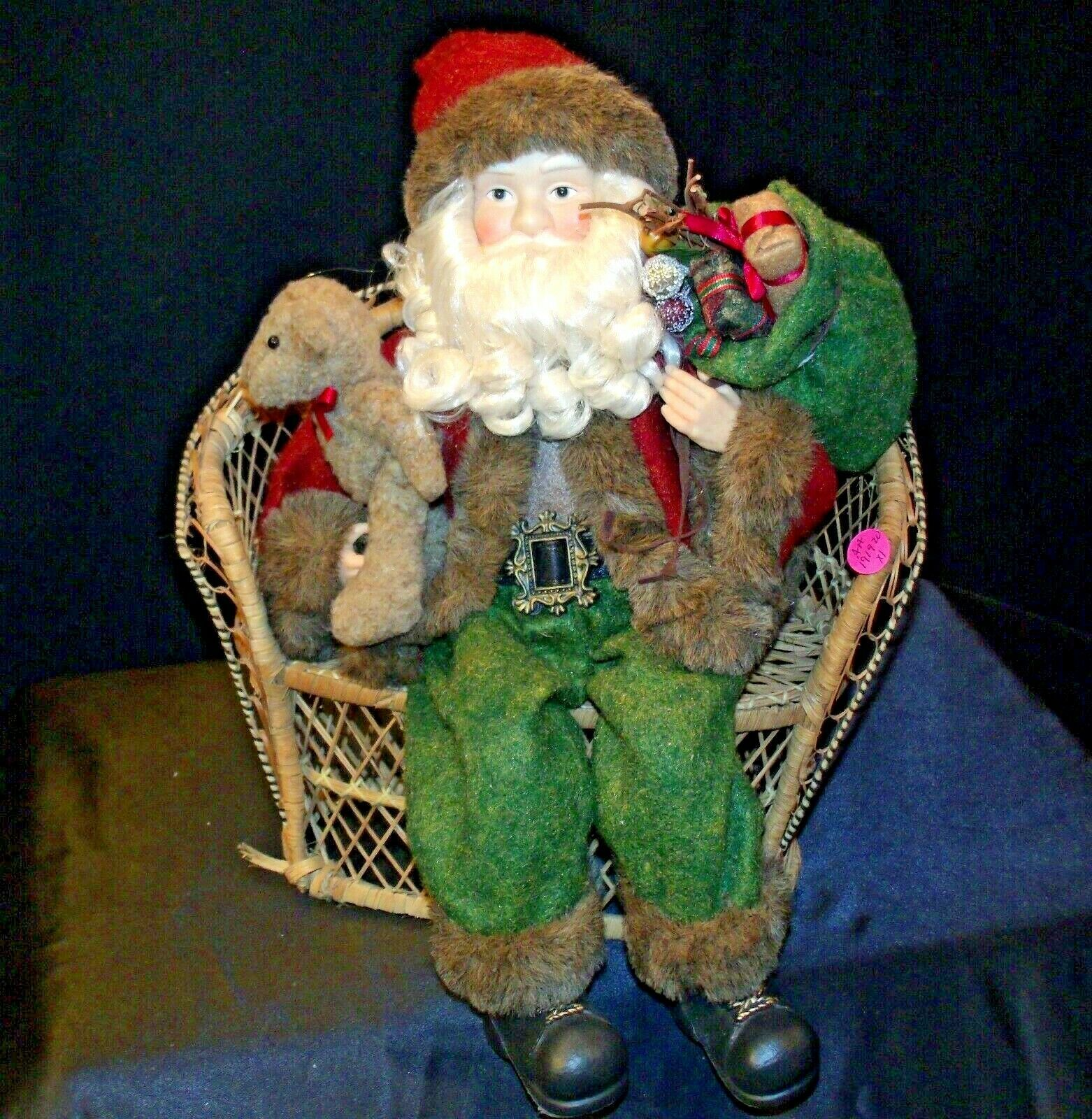 Christmas Santa Sitting on a Wicker Bench AA-191920 Collectible
