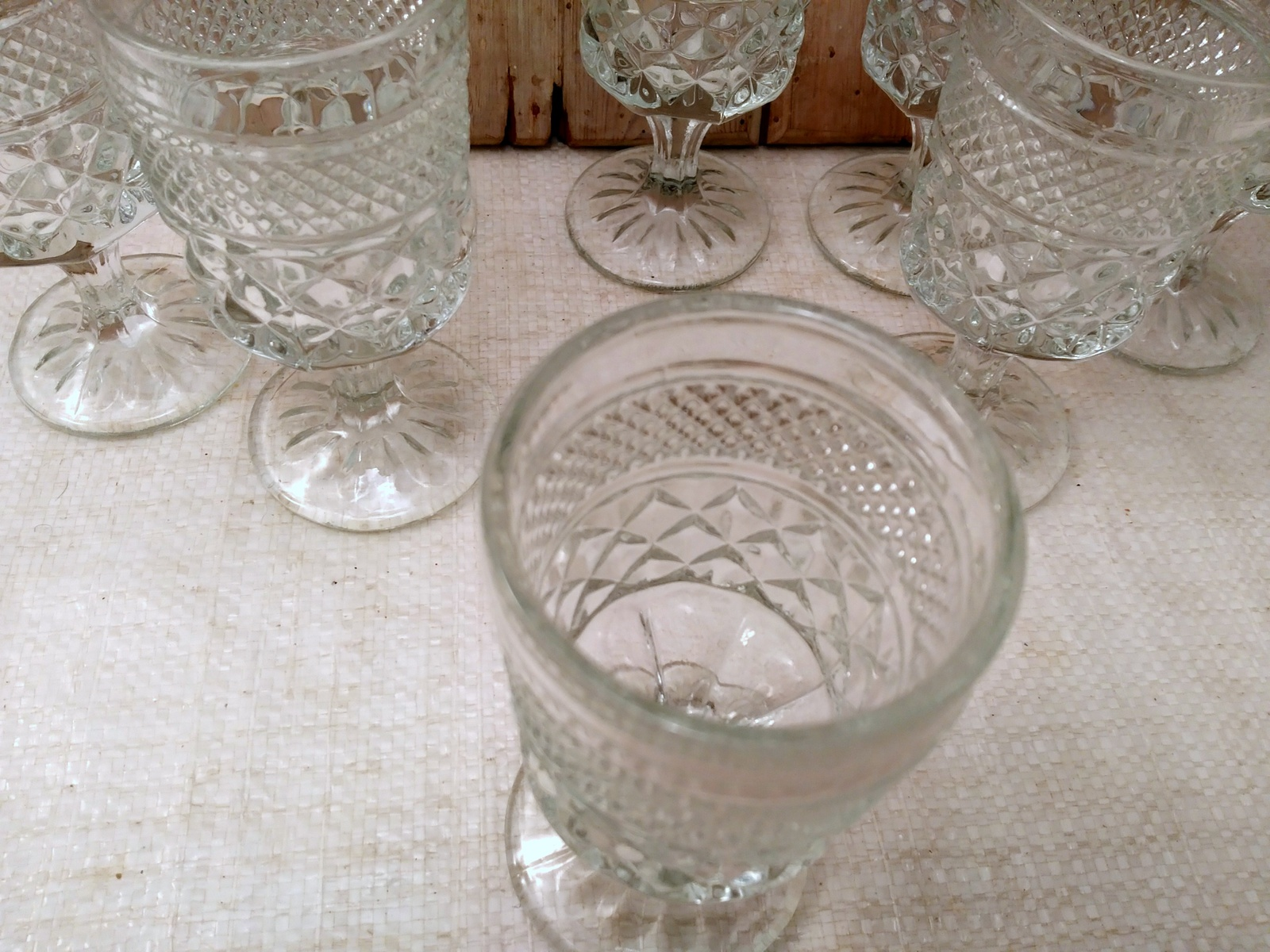 Set of 8 ANCHOR HOCKING WEXFORD WINE GOBLETS 5- 1/4 in. H