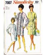 Vintage 1967 Misses' DRESSES Simplicity Pattern 7007 Size 14 - $10.00