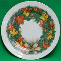 "Holiday Sale! 1994 Lenox Limited Edition Annual Thanksgiving 11"" Plate - $3.95"