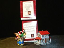 Hallmark Keepsake Ornaments Kris and the Kringles & Farm House AA-191792B  Colle image 5