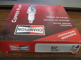 Champion DJ8J Spark Plugs Stock 847 New - $11.93