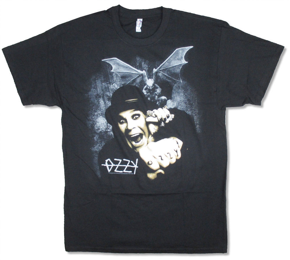 Primary image for Ozzy Osbourne-Gargoyle Bat Fright-Large Black  T-shirt