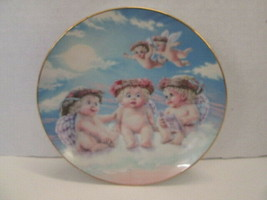 Dreamsicles The Flying Lesson 1994 Collector Plate by Hamilton Collection - $9.85