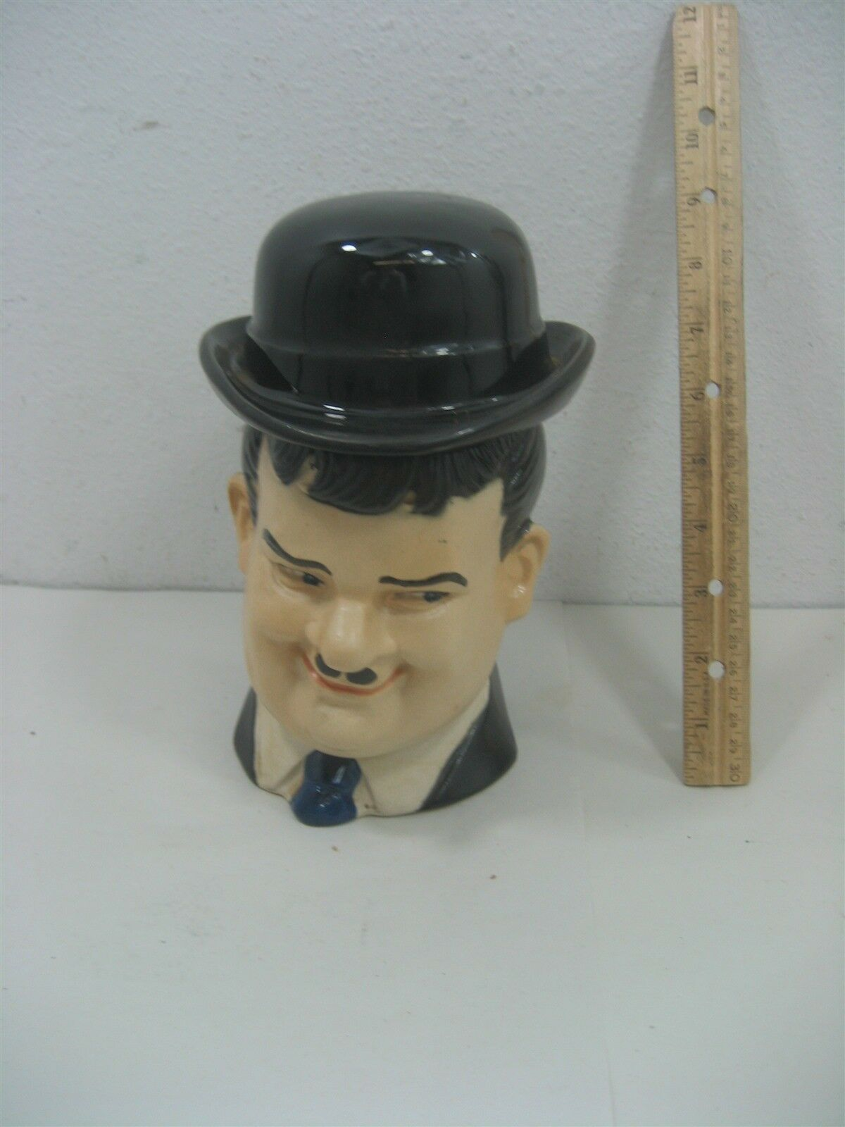 Vintage Oliver Hardy 1976 R.H-66 Ezra Brooks Larry Harmon Man Liquor Decanter