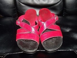 Clarks Artisan Shoes RED Leather 33748 SIZE 8M WOMEN'S EUC - $29.16