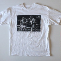 Shoe Palace Men's T-Shirt XL Extra Large White with Boxing Graphic - $9.70