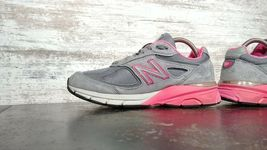 Womens New Balance 990 V3 Running Shoes SZ 7 D Wide Used Sneakers Trainers image 6