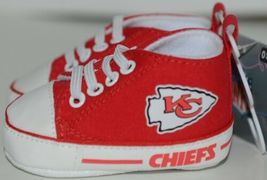 Baby Fanatic KCC2140 Kansas City Chiefs NFL Pre Walkers Baby Shoes 0 to 6 Months image 3