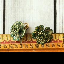 vintage green gold splatter enamel flower clip earrings mid century midc... - $9.89