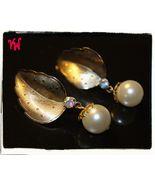 VTG 50s TARA Gold Tone Textured Leaf w/Dangling Single Pearl Bead Clip E... - $13.89
