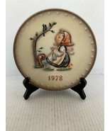 """MJ Hummel Goebel Annual Plate """"Happy Pastime"""" Hum 271 in Bas Relief 1978 - $10.00"""