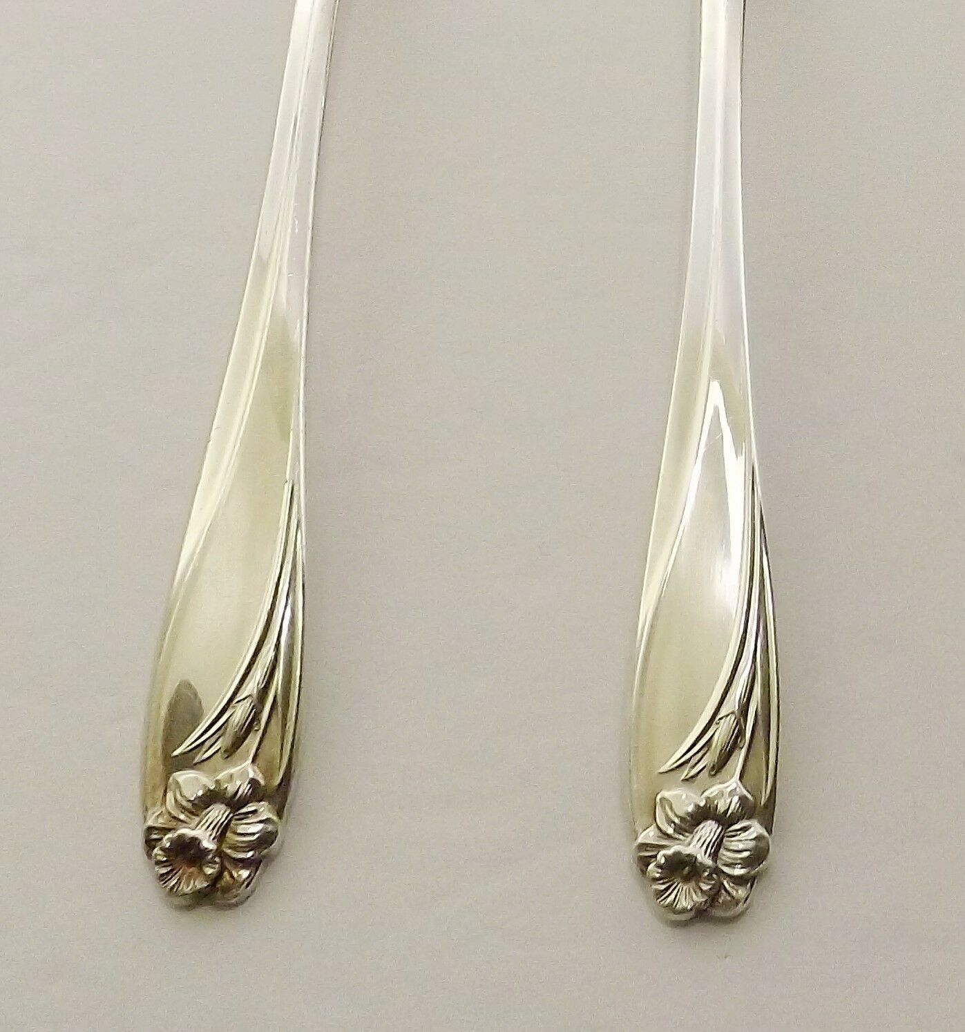 Primary image for 1847 Rogers Daffodil Set of 4 Cream Soup Spoons Silverplate-2 Available 1950's