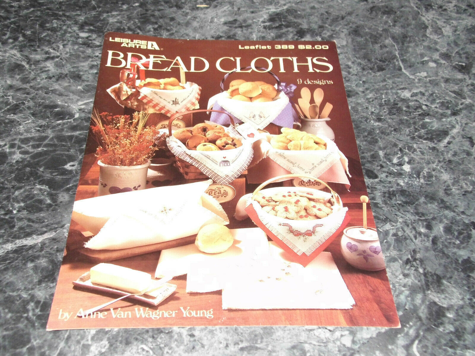 Primary image for Bread Cloths by Anne Van Wagner Young 9 Designs Leaflet 389 Leisure Arts
