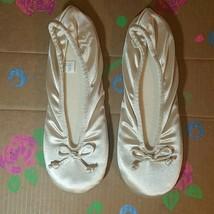 Totes Isotoner Ivory Satin Slippers Large 8-9 - $8.99