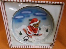 Novelty Inc Resin T.Bear On Skis Hanging Christmas Plate #61217 UPC:0487... - $9.90