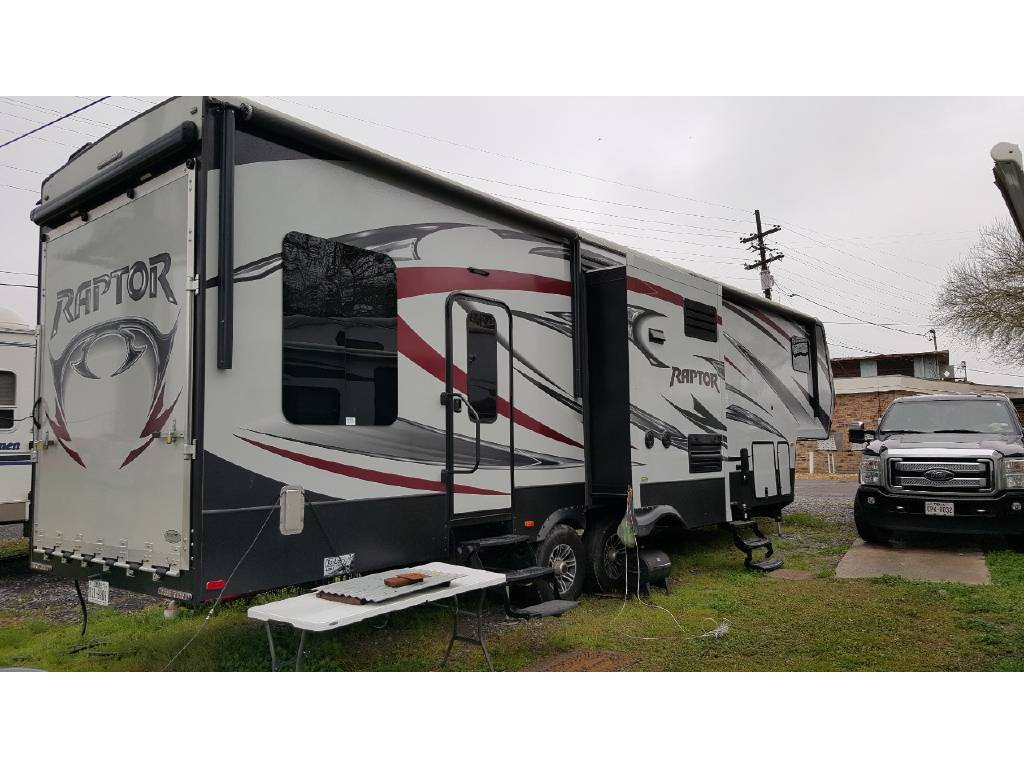 2015 Keystone RAPTOR 405TS For Sale In Beaumont, TX 77707