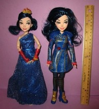 Disney Descendants 2 Evie Isle of the Lost Ballgown Dress Articulated Do... - $40.00