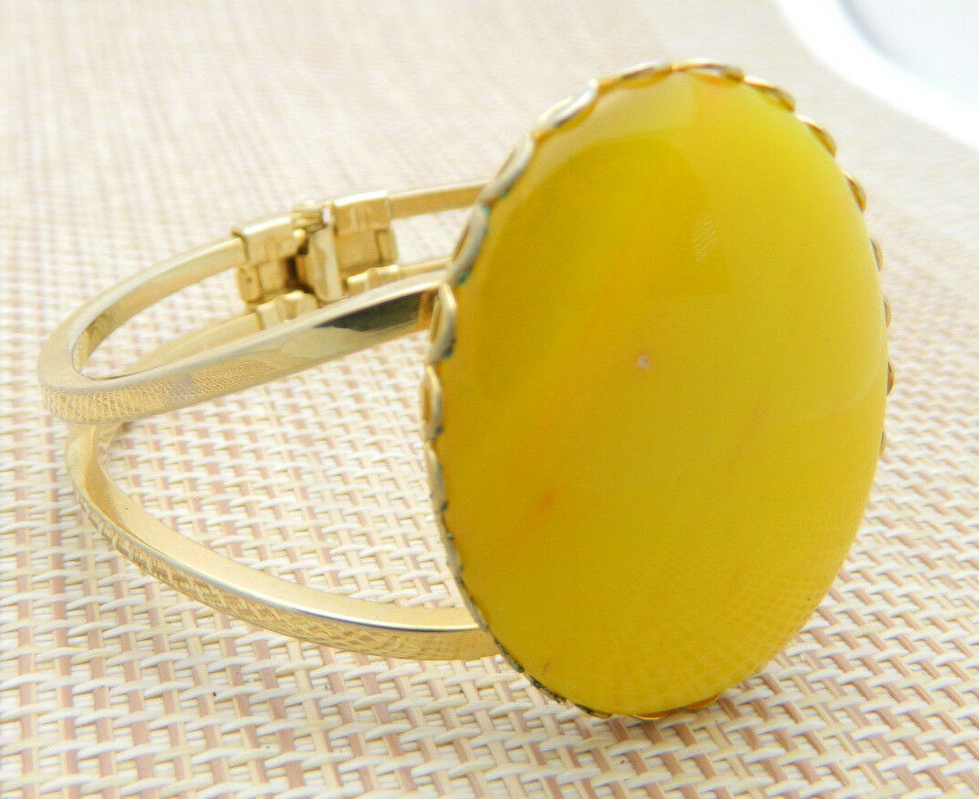 Yellow Agate Stone Gold Tone Clamper Bangle Bracelet Vintage