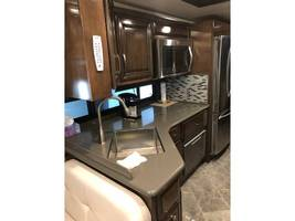 2018 NEWMAR NEW AIRE For Sale In Basalt, CO 81621 image 4