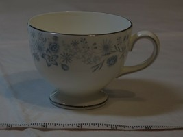Wedgwood Belle Fleur Bone China 1 Tea Cup Made in England white blue - $21.37