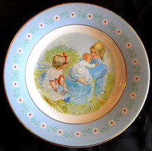 Avon Tenderness Decorative Plate Pontesa Spain True Vintage Country Mother 1974 - $5.89