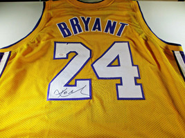 KOBE BRYANT / NBA CHAMPION / AUTOGRAPHED LOS ANGELES LAKERS CUSTOM JERSE... - $257.35