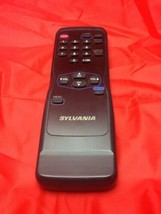 Sylvania SUM-3 AA IECR6,1.5V Video Remote Control Very Good  - $9.50