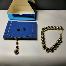 Avon 2008 3 Piece Goldtone Beaded Gift Set Earrings Bracelet Necklace - $9.49