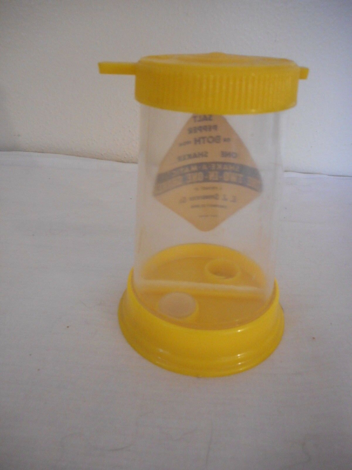 Vintage Yellow Plastic all in one Salt & Pepper Set