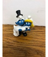 Schleich 20746 Smurfs Bride Smurfette and Groom Smurf Wedding Cake Figu... - $28.95