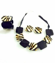 Brown Zebra Print Necklace Set - $19.80