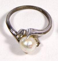 Early .925 Sterling Silver Faux Pearl Design Ring - $19.95