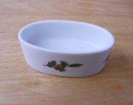 "Lefton Christmas Holly 1984 1.5"" x 2.5"" Trinket Dish / Ring Tray - $5.94"