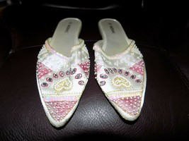 Isaac Mizrahi Off White Rhinestone Slippers Size 8 Women's EUC - $20.24