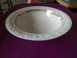 Homer Laughlin TH14 round serving bowl (TH 14) 1 available - $10.84