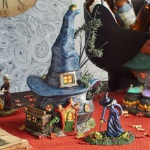 Department 56  Halloween Snow Village Series witch Miniture house New F33 - £313.12 GBP