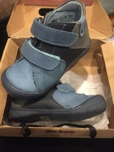 New Kio Trend $70 Leather Navy Booties Toddler Boy Shoes Ankle Size 6 Or... - $23.33