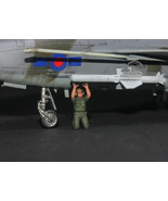 USAF Ground Support Crew 1:72 Pro Built Model #2 - $7.91