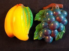 Vntg Plaster Chalkware  Wall Decor Miller Studio Inc? Set of 2 Grapes & ... - $16.82