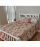 New Pink quilted comforter queen Size - $58.41